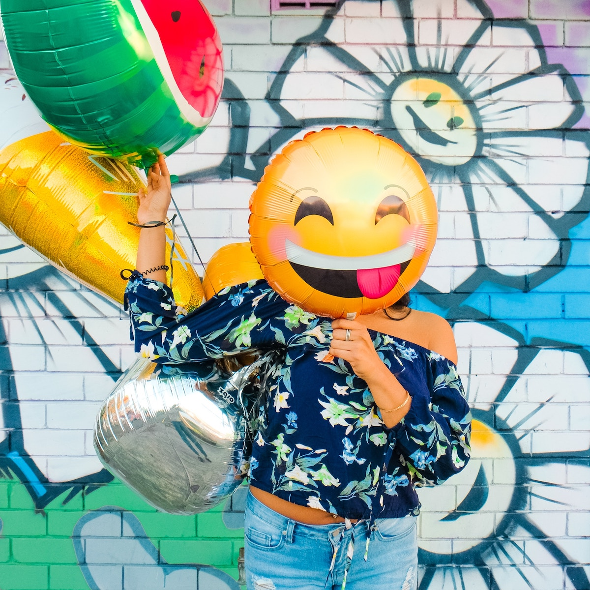 Best Instagram Bio Ideas (with emojis!)